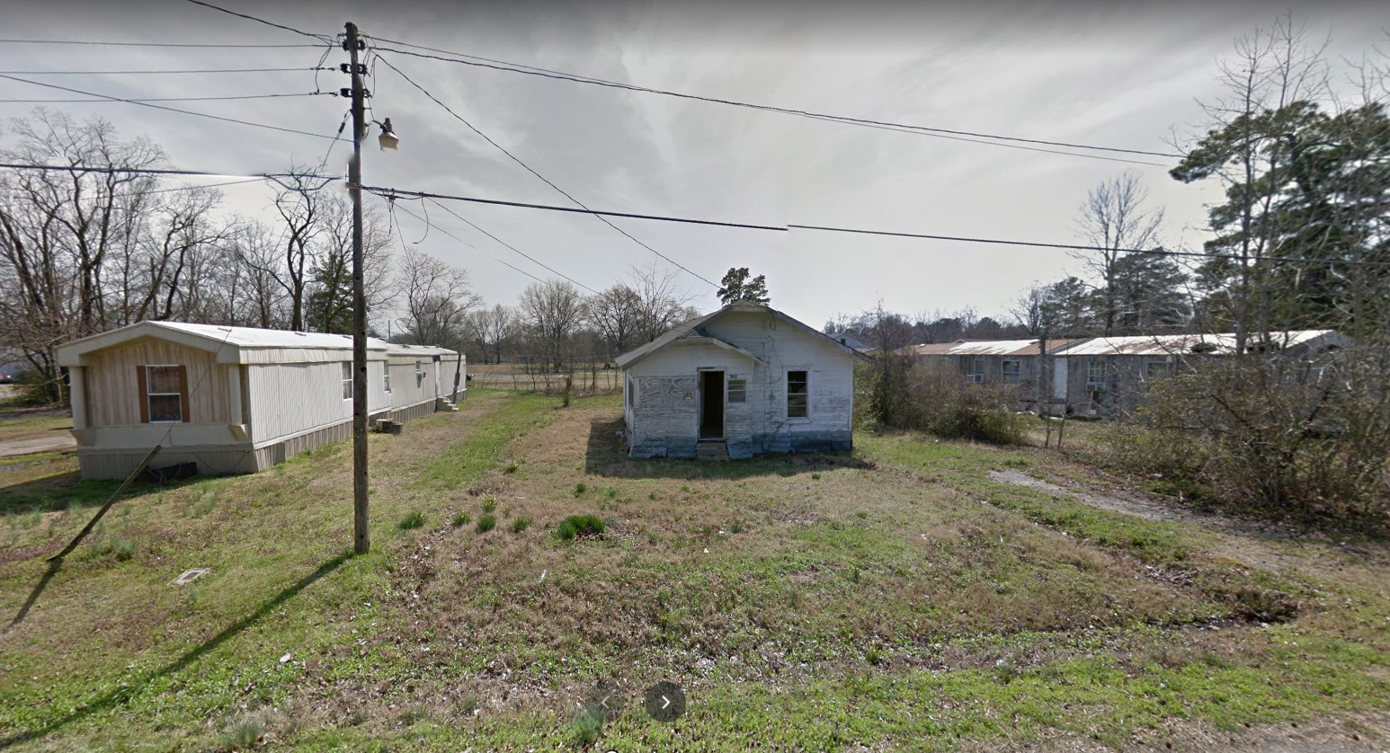 4304 W Short 4th Ave, Pine Bluff, AR 71602